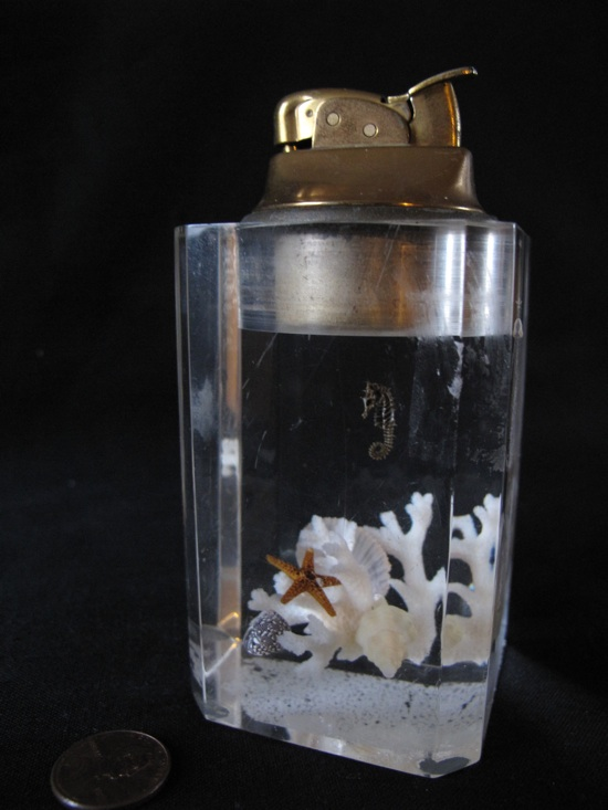 seahorse-lighter-550